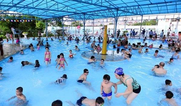 Kinh doanh dịch vụ bể bơi