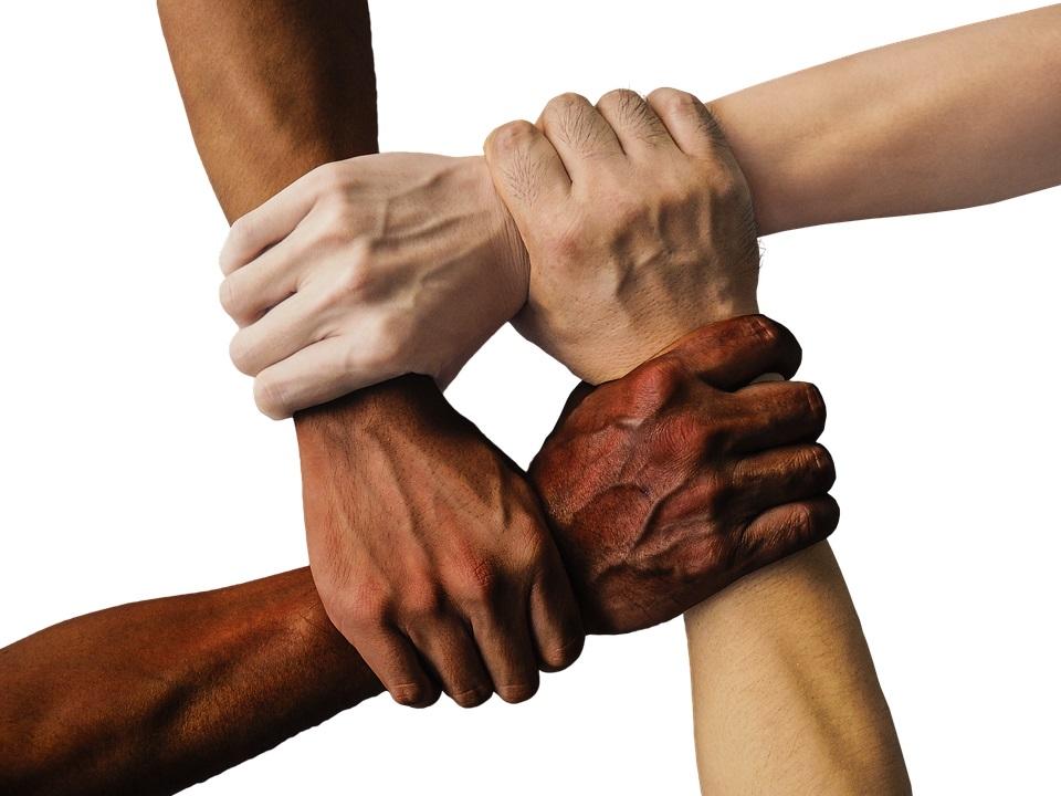 Unity_hands-1917895_960_720