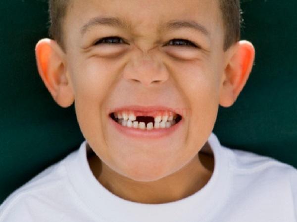 Chiêm bao thấy rụng răng nên đánh con gì