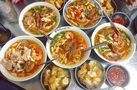 Top quán ăn ngon quận 10 cực hút khách