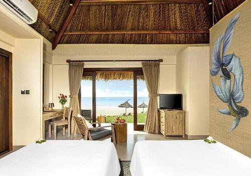 Crown Retreat Resort